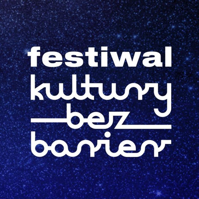 Tło to rozgwieżdżone niebo. Biały napis festiwal kultury bez barier.